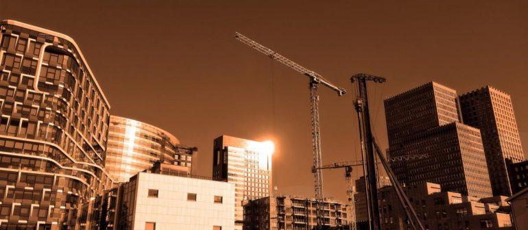 Baustelle-mehrere-Bürogebäude